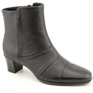 Munro Faith Ankle Boots